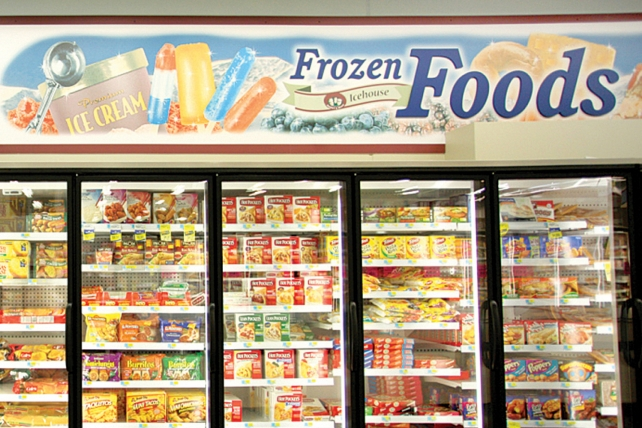 7 Ways You Thaw Frozen Food Wrong