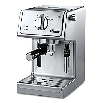 The DeLonghi ECP3630 15-Bar-Pump Espresso Maker