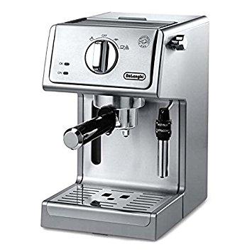The DeLonghi ECP3630 15-Bar-Pump Espresso Maker