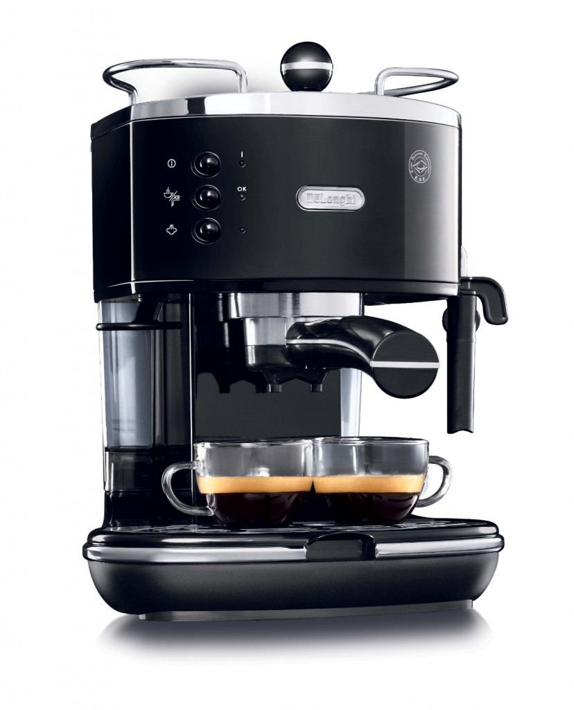 The DeLonghi ECO310BK 15-Bar-Pump Espresso Machine