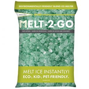 Snow Joe AZ-25-EB Melt-2-Go Nature + Pet-Friendly CMA Blended Ice Melter, 25-lb Bag - Ice Melters