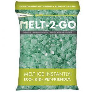 Snow Joe AZ-25-EB Melt-2-Go Nature + Pet-Friendly CMA Blended Ice Melter, 25-lb Bag - Ice Melters