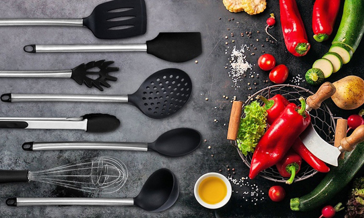 Top 10 Stainless Kitchen Cooking Utensil Set in 2019