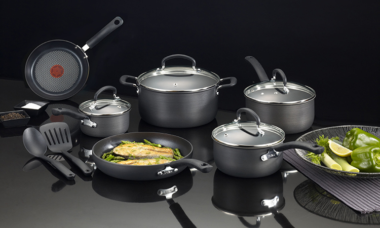 Top 10 Non-Stick Cookware Set In 2019