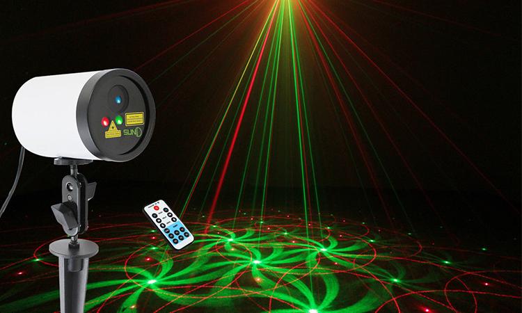 Top 10 Best Outdoor Laser Light for Christmas in 2019
