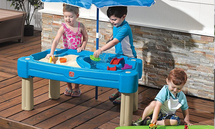 Best Water Table For Kids | Get One For Your Kid Now !