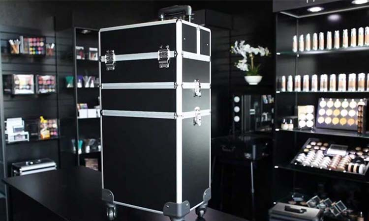 Rolling Makeup Cases