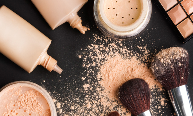 The Ultimate Buying Guide on Professional Makeup Kits