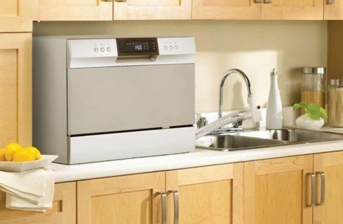 Tips and Tricks on how to clean your countertop dishwasher
