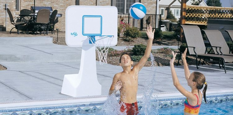 Which Size of the Basketball Hoop is Suitable for Your Pool?